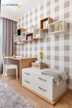 pokój dziewczynki: styl , w kategorii Pokój dziecięcy zaprojektowany przez poliFORMA Hani, Bench, Storage, Furniture, Home Decor, Purse Storage, Decoration Home, Room Decor, Larger