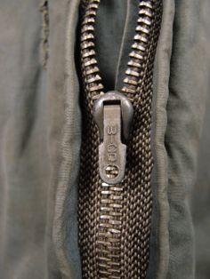 Fantastic zip puller on Luftwaffe Flieger jacket.
