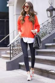 Orange is the main choice of the Fashion Bloggers