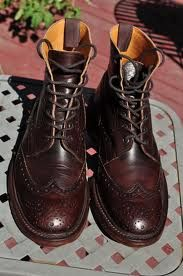 I used to borrow boots like this from my older sister when I was in art college. Me Too Shoes, Men's Shoes, Dress Shoes, Trickers Shoes, Narrow Shoes, Look Man, Red Wing Shoes, Brogues, Wingtip Shoes