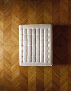 Découvrir les plafonds du Palais Garnier allongé sur un matelas - Influencia