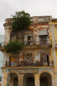 Abandoned hotel in Havana, Cuba