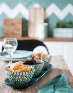 21 básicos deco de tendencia a mitad de precio en las rebajas de Maisons du Monde Earthenware, Snacks, Dining, Food, Coups, Dairy, Cheese, Table, Snack Trays