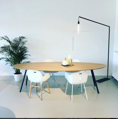 Studio H&K | Design Eettafels Stoelen Eettafelbanken Krukken Wandkasten Salontafels Meubels Butterfly Staal Eikenhout | We like to keep things minimal. Check out our first floor lamp prototype! | www.studio-henk.nl