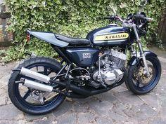 Woo Hoo, now that's a sweet ride!    2 STROKE BIKER BLOG: Monoshocked H2 streetfighter. One tough looking triple...