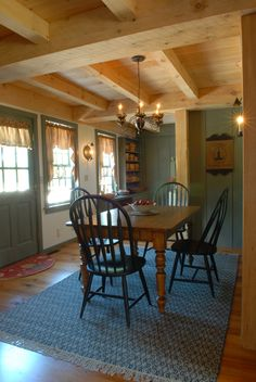 Cottage decor: Dining room | Country Carpenters Inc