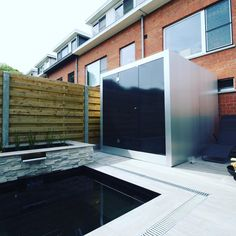 Integrated shower and one way vision glass. Black combi sauna finnish and infrared. Sauna Design, Design Design, Design Ideas, Interior Design, Natural Swimming Pools, Natural Pools, Outdoor Sauna, Outdoor Decor, Pool Landscaping