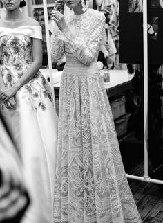 Nahem Kahn |New York Bridal Fashion Week | Image via The Lane