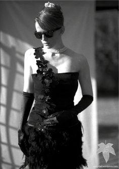 Little black feather dress. saugstad.wordpress.com
