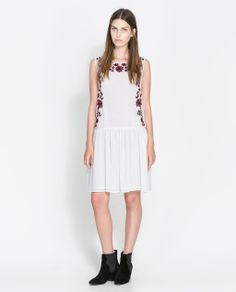 Image 1 of SLEEVELESS EMBROIDERED DRESS from Zara