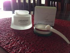 NJT Pregnancy & Reviews: Pevonia Botanica - Mattifying Oily Skin Cream