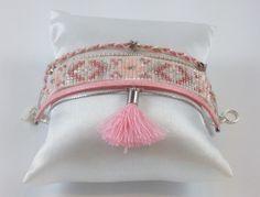 Bracelet manchette perles miyuki ROSE et BLANC : Bracelet par lulucabane