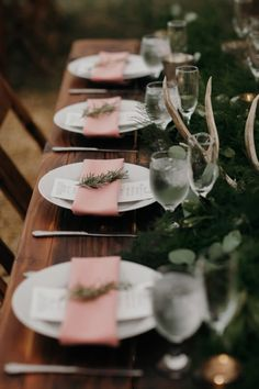 Everything you need to style a romantic outdoor wedding reception dinner under the stars your guests will never forget! Pale Pink Weddings, Pink Green Wedding, Emerald Green Weddings, Pink Wedding Theme, Pink And Green, Wedding Colors, Dream Wedding, Wedding Goals, Wedding Night