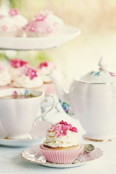 Spring Tea Party Ideas from Punchbowl. Bridal shower or bridesmaids get together luncheon