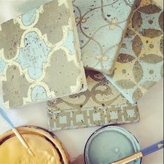 Deb from Peinture added handpainted touches to encaustic tiles she decorated with stencils from Royal Design Studio and Annie Sloan Chalk Paint® Stenciled Floor, Floor Stencil, Chalk Paint Projects, Tile Crafts, Travertine Tile, Paint Furniture, Modern Furniture, Furniture Design, Annie Sloan Chalk Paint
