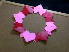 Daily Origami: 601 - Heart Wreath 01