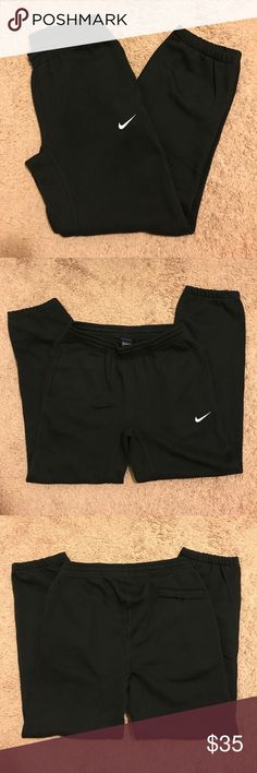 Nike Men's Club Fleece Sweat Pants Brand new with original tag. Black men's club fleece sweatpants. Size: Medium. Price is firm unless bundle. Nike Pants Sweatpants & Joggers