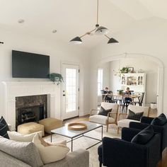 Living Room White, Living Room With Fireplace, Living Room Chairs, Home Living Room, Living Room Decor, Interior Design Living Room, Living Room Designs, Living Room Lighting, Chandelier For Living Room