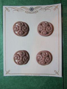 "4 -7/8"" LA MODE BEIGE OPENWORK PLASTIC SHANK BUTTONS-VTG ORIGINAL CARD Lot#107"