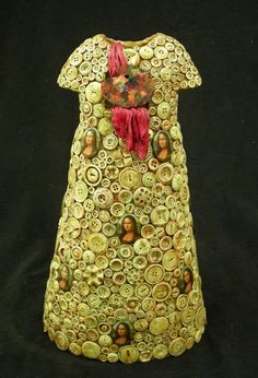 P8 Buttons & Fabrics: Button Wednesday : Tiny Button Dresses