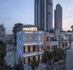 Gallery of Jaggendorf House / Yaniv Pardo Architects - 2