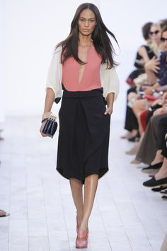 Chloé Spring 2012 Ready-to-Wear Fashion Show - Joan Smalls (IMG)