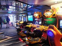 Anthem of the Seas Royal arcade.