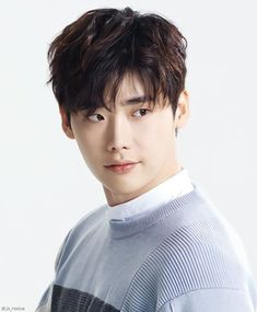 Here are 15 most good-looking Asian men. These are Korean, Japanese and Taiwanese actors that will compel you to watch Asian dramas. This list contains only actors so do not be surprised finding Jimin and Kai's name missing from the list. Lee Jong Suk Cute, Lee Jung Suk, Lee Jong Hyun, Kang Chul, Hyun Suk, Park Hae Jin, Park Seo Joon, Korean Men, Asian Men