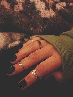 -- ---- rings