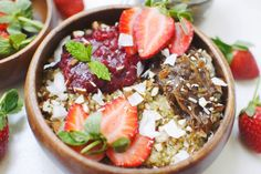 Quinoa porridge with strawberry-rhubarb compote and caramel date paste