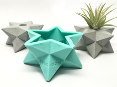 Star - Stellated Dodecahedron - Double Merkabah Planter Mold - Silicone - Welcome my homepage Concrete Molds, Concrete Crafts, Concrete Projects, Cement Art, Concrete Art, Concrete Design, Gypse, Diy And Crafts, Paper Crafts