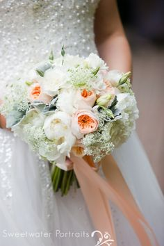 Beautiful Blooms Sweetwater Portraits Curtis Center Wedding Bride's Bouquet Peach Ivory White Peonies Garden Roses Queen Anne's Lace