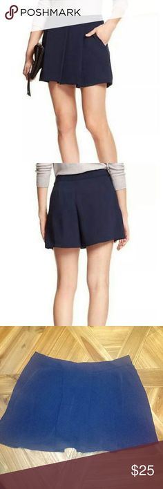 NWT Banana Republic skort! Navy skirt/short combo! Comfortable and flowy made of Polyester! Banana Republic Shorts