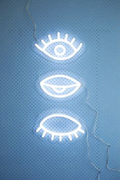 Neon / Regarde / Art / Inspiration / Hypnotique / Design / Eyes / Oeil / Look Everything Is Blue, All Of The Lights, Blog Deco, Pastel Blue, Neon Lighting, Wall Collage, Illustrator, Ravenclaw, Decoration