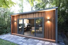 Art studio or guest room backyard sheds, backyard cabin, backyard studio, g Backyard Cabin, Backyard Office, Backyard Studio, Backyard Sheds, Garden Office, Container Home Designs, Home Gym Design, Tiny House Design, Outdoor Living Rooms