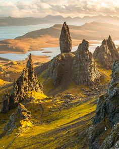Isle of Skye, Scotland Places To Travel, Places To See, Beautiful World, Beautiful Places, Landscape Photography, Nature Photography, The Ancient Magus Bride, Fantasy Landscape, Nature Pictures