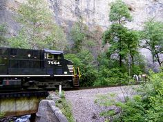 A train just about to enter the 1.5 mile long tunnel at Natural Tunnel State Park.