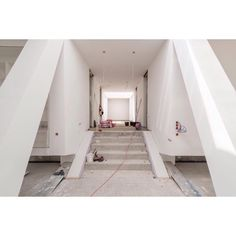 . RW15, Düsseldorf, Germany. Only a few months to go…  #RW15 #Germany #Duesseldorf #Dwelling #Villa #Mansion #Residential #EnergyEfficiency #Interior #InteriorDesign #GBT #Lehrstuhl #Chair #Gebäudetechnologie #Building #Technologies #RWTH #Aachen #University #Braun #Associates #Architecture #Architektur #Building #Design #Lookingup #Style #Archidaily #Perspective #Design #AryanMirfendereskiPhotography @Aryan_Mirfendereski