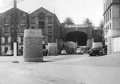Air raid shelters in Sydney.Circular eastern railway portal before trains ever came to Circular Quay,was used as a bomb shelter during World War ll.In the forground is the beginnings of a foundation for the railway and Cahill Expressway. South Australia, Western Australia, First Fleet, Bomb Shelter, Air Raid, Blue Mountain, Historical Pictures, Tasmania, Shelters