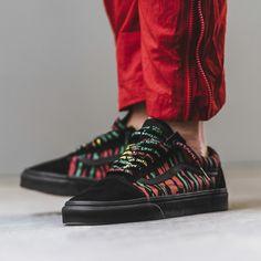 A Tribe Called Quest x Vans Mens Vans Shoes, Men's Vans, Vans Sneakers, Boys Shoes, Vans Men, Sneakers Fashion, Fashion Shoes, Mens Fashion, Graffiti Shoes