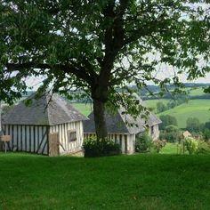 maisons normandes à camembert en normandie.