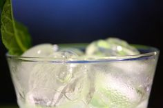 The tropical mojito has the perfect 1-2-3 slap for a hot summer day: citrus, mint and alcohol. Add some sweet and some bubbly and you are ready to go with a simple and refreshing mojito!