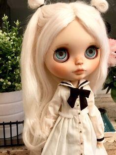 Anaïs - Artdoll OOAK Custom Blythe Doll