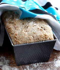 Gluteeniton leipä, resepti – Ruoka.fi Cornbread, Bread Recipes, Free Food, Recipies, Rolls, Gluten Free, Ice Cream, Anna, Baking