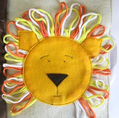 Really cute lion quiet book page with tutorial
