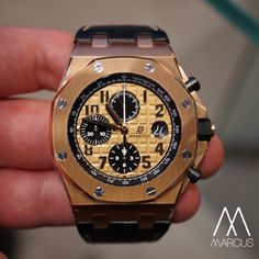 Here something that I picked out this morning to wear. Audemars Piguet Royal Oak Offshore 42mm, in 18ct rose gold.