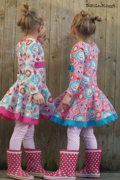 Huhu her Today I would like to introduce you to our new rotating clothes. Twist dresses are hard to imagine he Girls Winter Fashion, Baby Girl Fashion, Toddler Girl Style, Toddler Girl Outfits, Party Fashion, Diy Fashion, Fashion Design, Casual T Shirt Dress, Petite Fille