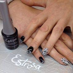 Black and White style per  Claudia Cipollini! #nero #estremo #Estrosa