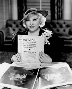 Photo of Mae West for fans of Classic Movies 16781820 Hollywood Stars, Classic Hollywood, Old Hollywood, Hollywood Glamour, Hollywood Actresses, Mae West Movies, Burlesque Movie, Star Wars, She Movie