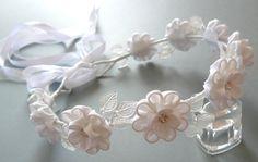 Guirlande de fleurs blanc tissu Kanzashi. Accessoire de cheveux de mariée…
